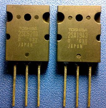 """я невкурсе о каких  """"отломах """" идет речь, у меня оригиналы имеют вот такой вид. а если транзисторы вот эти 2sc5200..."""