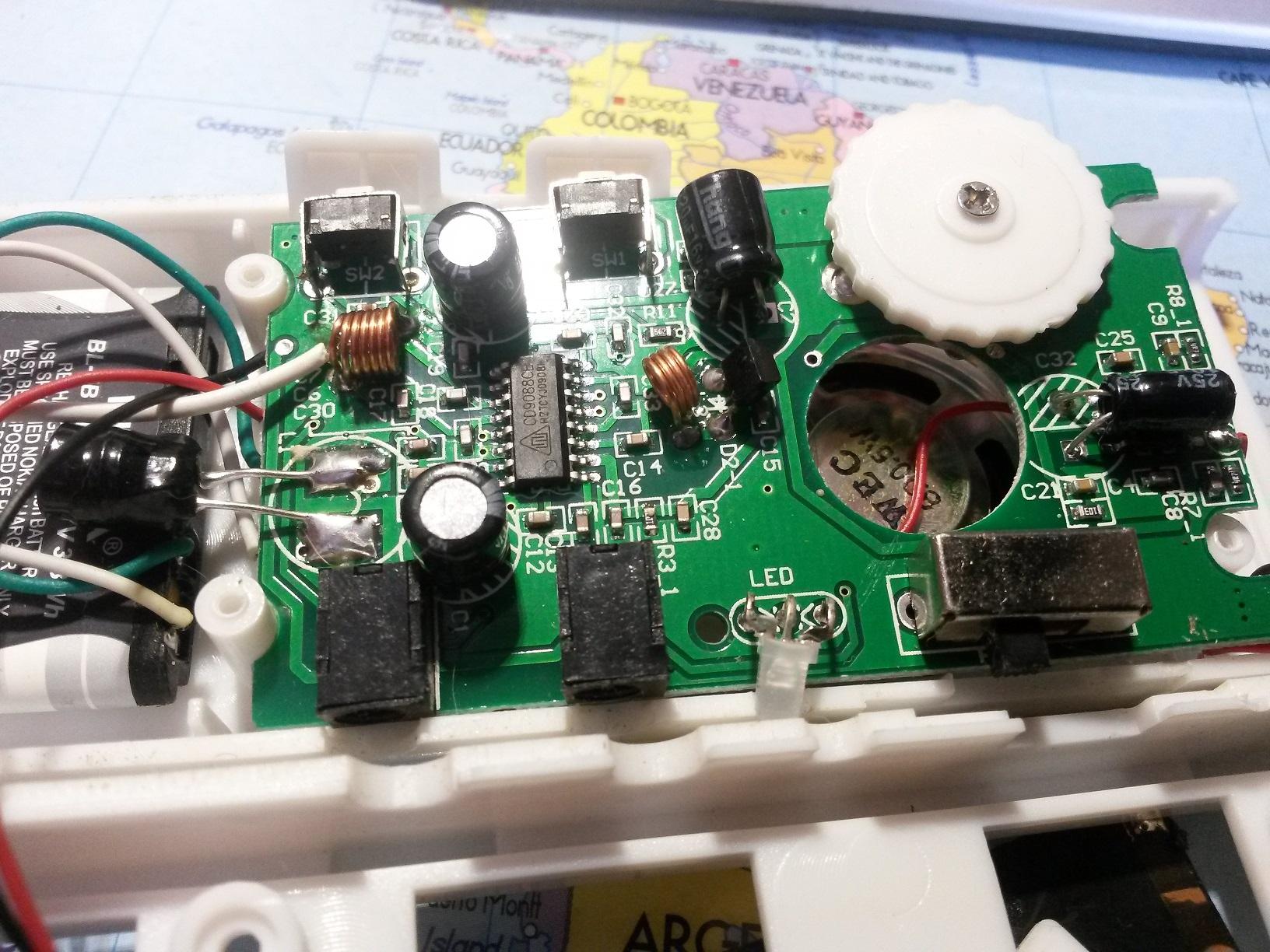 Та8164р с электронной настройкой в трёх вариантах: на одной микросхеме с наушниками