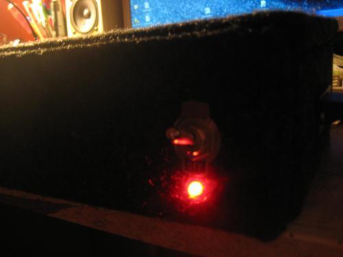 Продам усилок, на TDA7293.  Мощность 70Вт.  Разрабатывался для саба на 75гдн1-4.