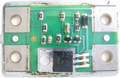 Реле-регулятор Я112А 771.3702 Если поставить полевик IRFZ48, схему надо доработать?
