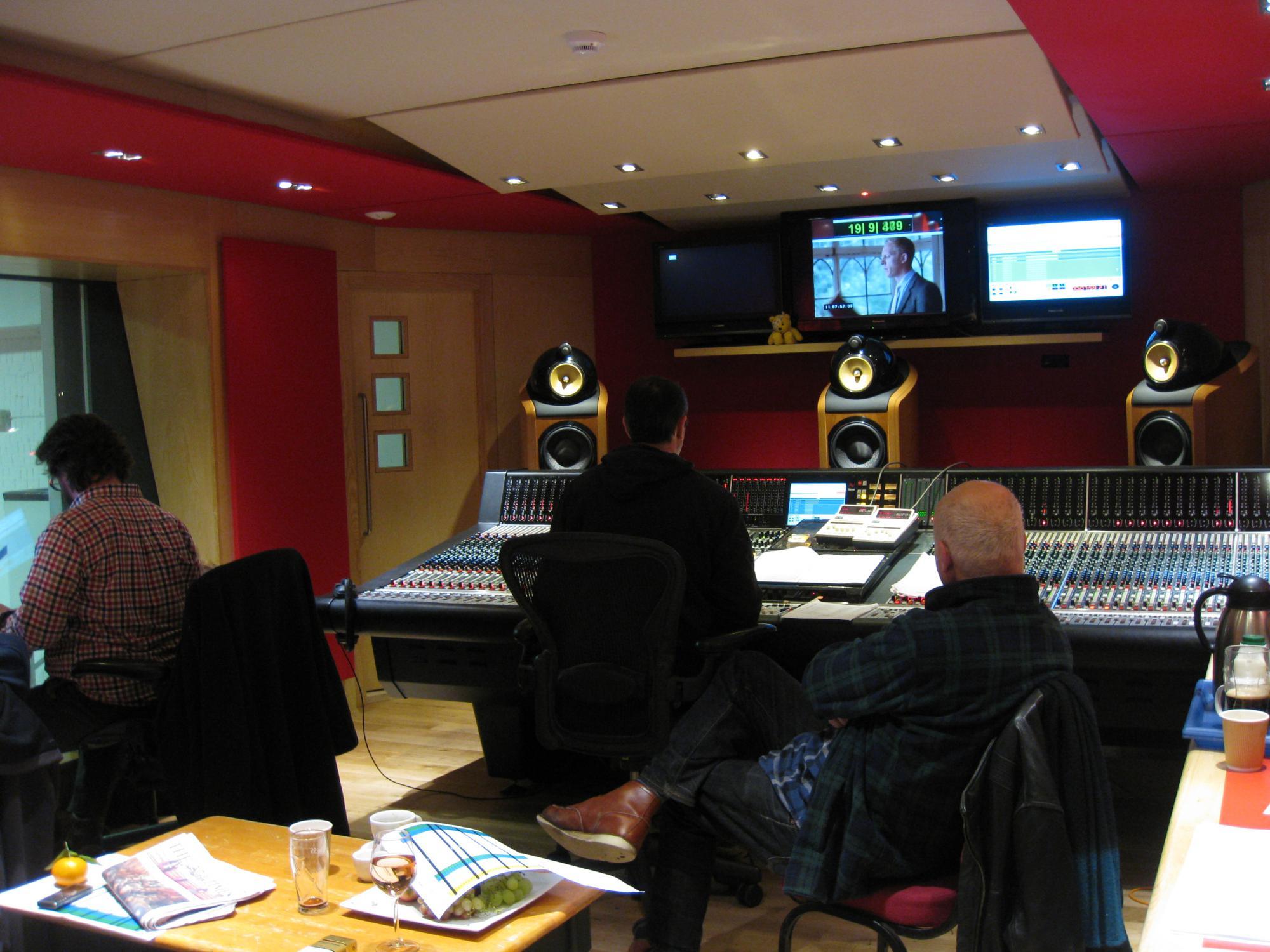 8 for Zimmer 0 studios elda