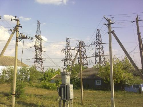 Подземные лэп широко применяются при прокладке электрических сетей на территории городов и промышленных предприятий.