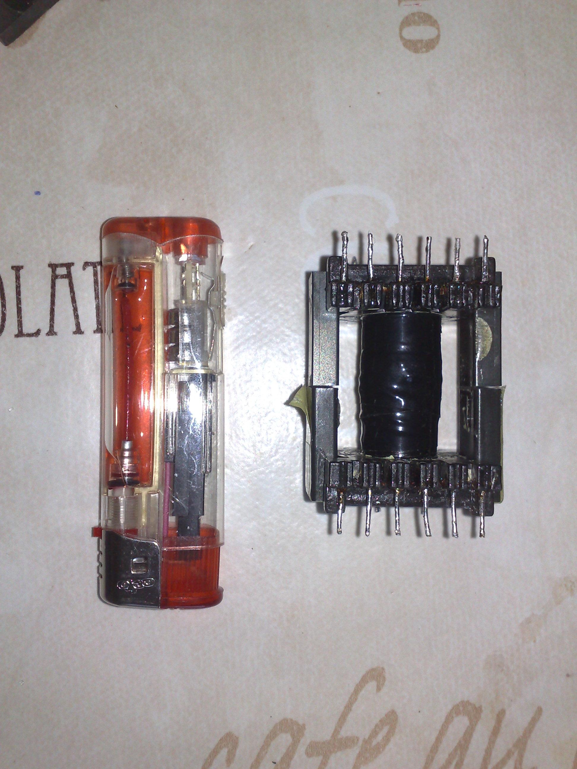 электронная схема усилителя клева