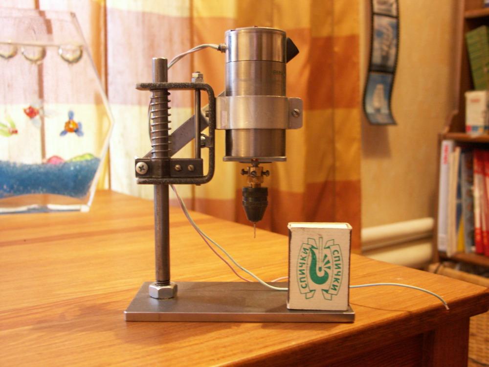 Сверлилка для печатных плат своими руками видео