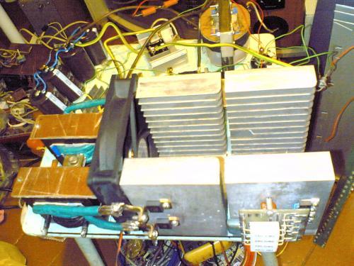 ...опубликовано в Сварочные аппараты и мощные сетевые инверторы: так у Обухова 0.15 в схеме, а тут на 3.