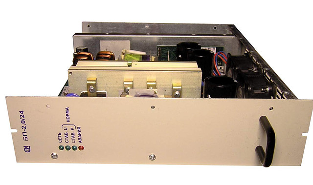 Источник питания постоянного тока БП24.100-4