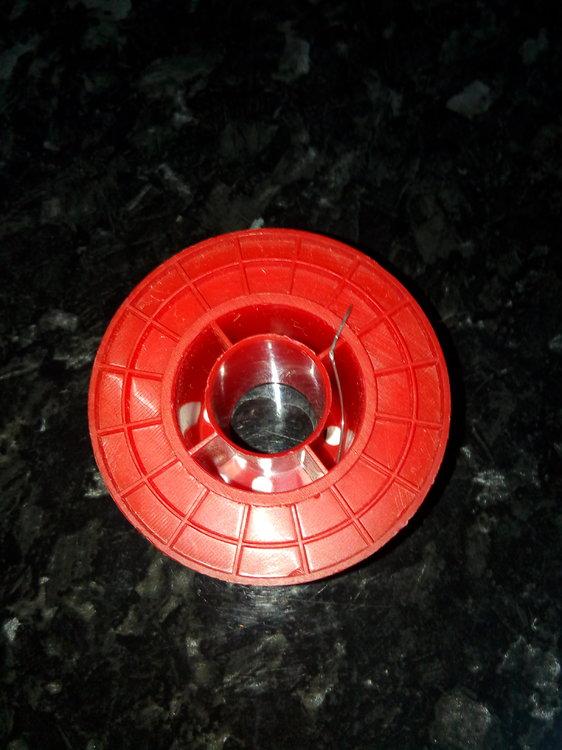 Многоканальный трубчатый припойMulticore (Loctite) с флюсом, не требующим отмывки. Цена 900р за катушку. В наличи.jpg