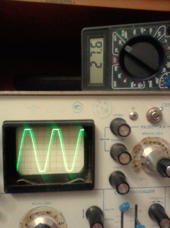 синус 1кГц 27в-3ом=ограничение.jpg