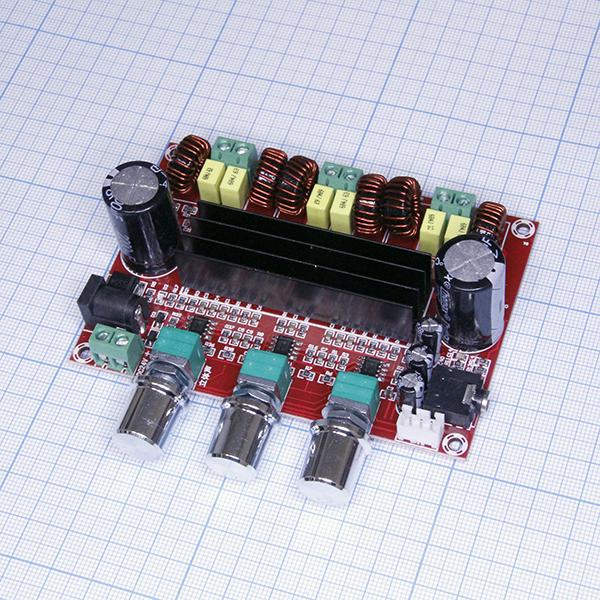 XH-M139 Усилитель НЧ 200Вт, 2х50Вт + 1х100Вт.jpg