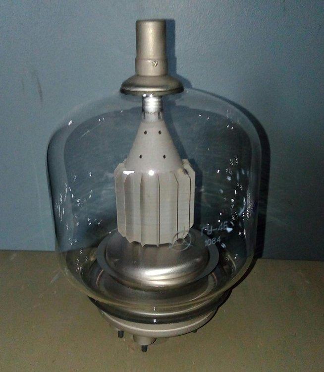 Генераторная лампа (пентод) ГУ-46 в упаковке, с хранения 11шт по 1150р    (2).jpg