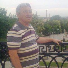 Александр Ельников
